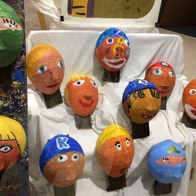 Objekte der Kindermalgruppe